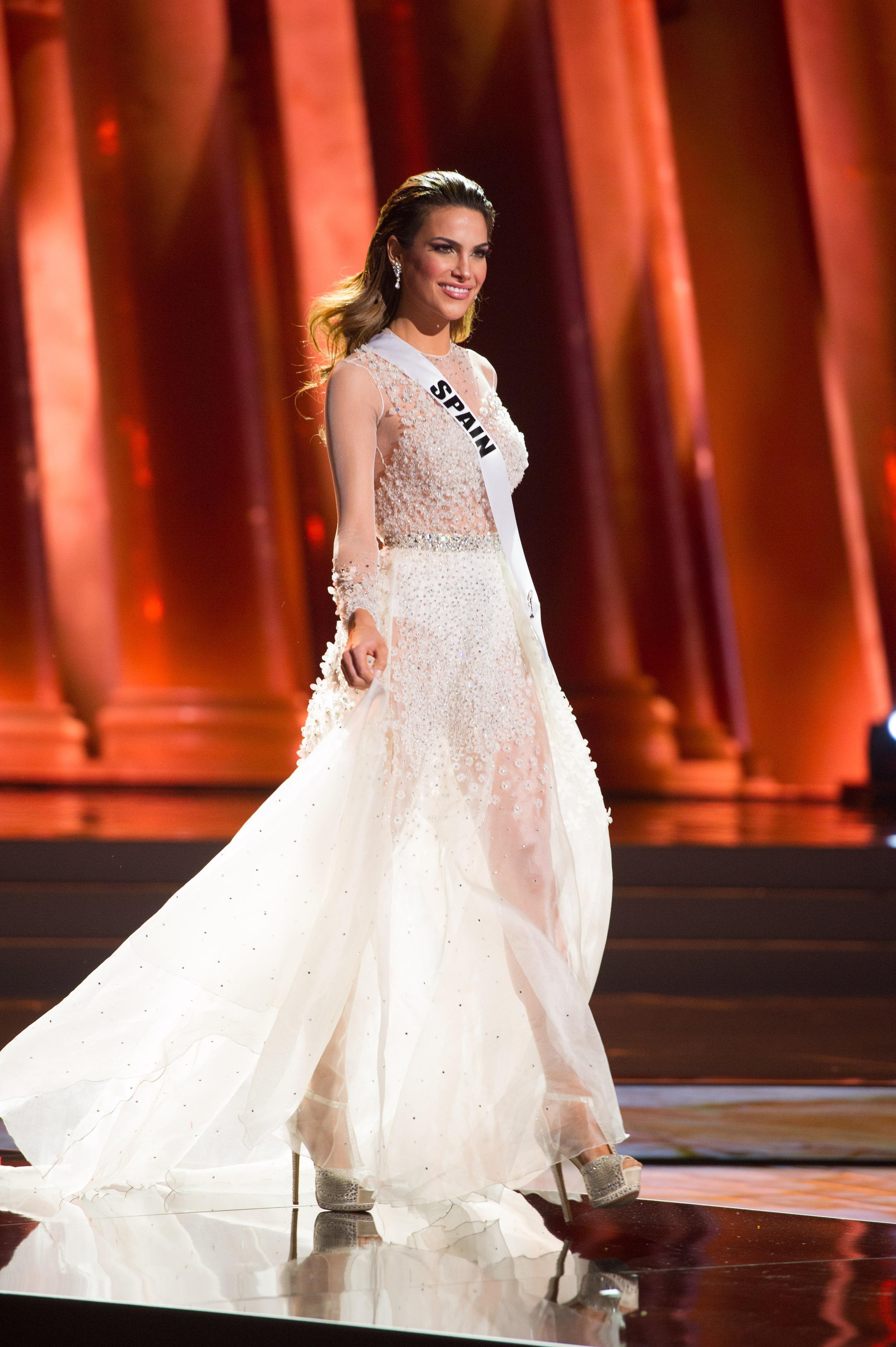 Preliminary Competition Evening Gown. 16 Diciembre | Bellezas Hispanas